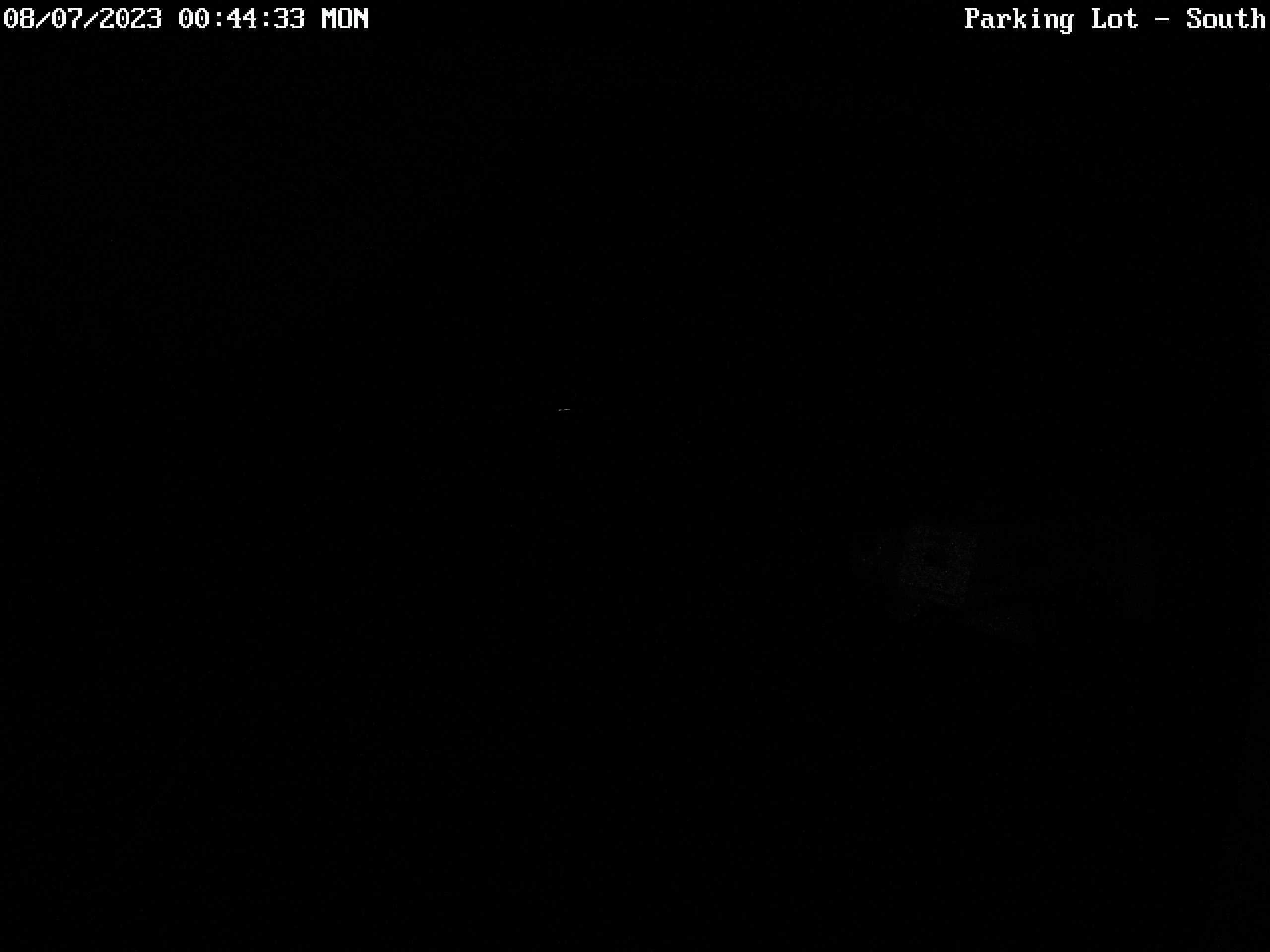 Hoodoo – Parking Lot webcam image